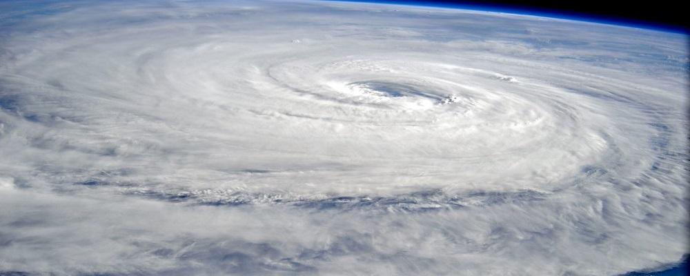 Тайфун LAN