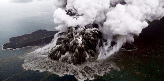 Вулкан Кракатау: история извержений и наши дни