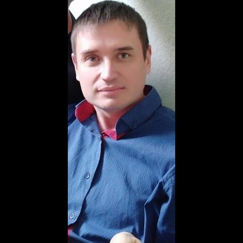 Андрей Лесников